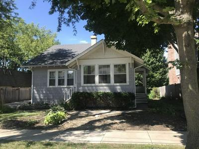 318 WASHINGTON ST, Barrington, IL 60010 - Photo 1