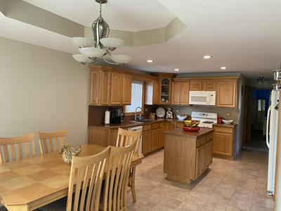8210 MAYFIELD AVE, Burbank, IL 60459 - Photo 2
