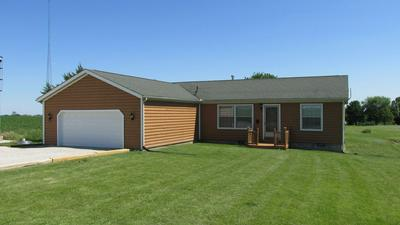3914 E 2350 NORTH RD, Fithian, IL 61844 - Photo 2