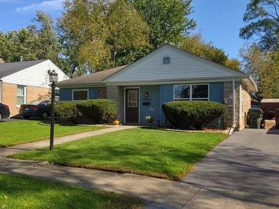 17643 DUNDEE AVE, HOMEWOOD, IL 60430 - Photo 1