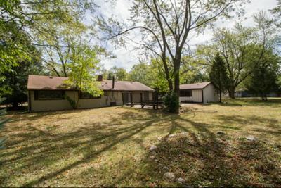 18110 THOMAS LN, Country Club Hills, IL 60478 - Photo 2