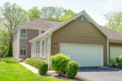 5 SOMMERSET LN, Lincolnshire, IL 60069 - Photo 1