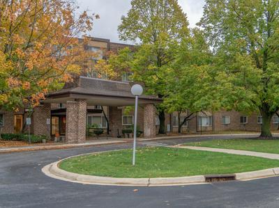 1375 REBECCA DR APT 316, Hoffman Estates, IL 60169 - Photo 1