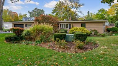 1024 GAMON RD, Wheaton, IL 60189 - Photo 2