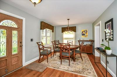 4512 MIDDAUGH AVE, DOWNERS GROVE, IL 60515 - Photo 2