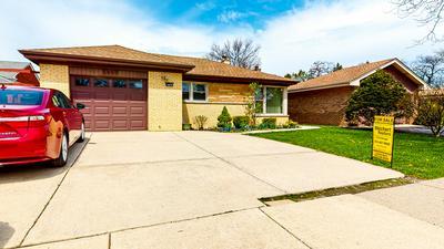 4668 W DEVON AVE, Lincolnwood, IL 60712 - Photo 2