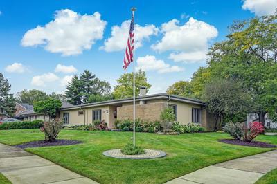 542 DOVER AVE, La Grange Park, IL 60526 - Photo 2