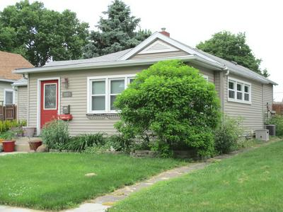 1114 W JACKSON ST, OTTAWA, IL 61350 - Photo 2