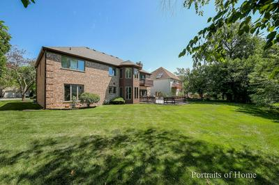 147 FOUNDERS POINTE S, Bloomingdale, IL 60108 - Photo 2