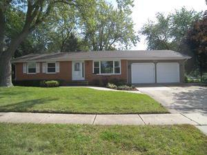 811 HOLYOKE CT, Schaumburg, IL 60193 - Photo 1