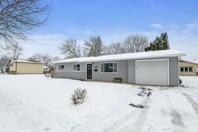 6996 LONGMEADOW LN, Hanover Park, IL 60133 - Photo 2