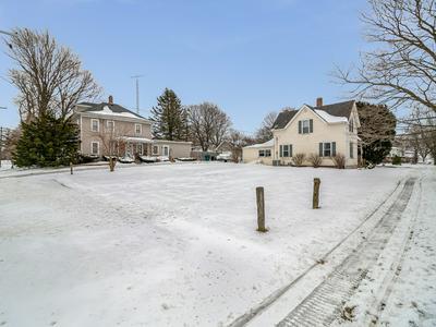 4 S JOHNSON ST, NEWARK, IL 60541 - Photo 2