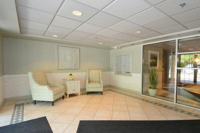 124 DAY ST APT 211, Bloomingdale, IL 60108 - Photo 2
