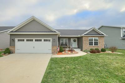 2009 PRAIRIE GRASS LN, Mahomet, IL 61853 - Photo 1