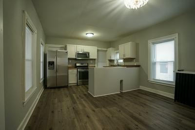 126 N 4TH ST, Aurora, IL 60505 - Photo 2
