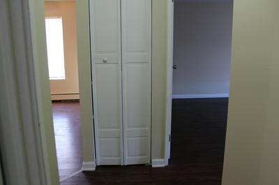 255 GREGORY ST APT 5A, Aurora, IL 60504 - Photo 2