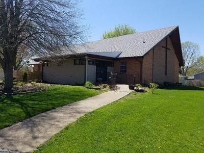 801 W 11TH ST, Sterling, IL 61081 - Photo 2