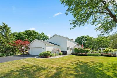 1562 COVENTRY RD, Schaumburg, IL 60195 - Photo 1