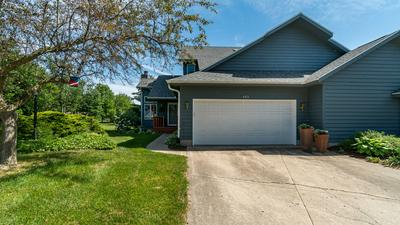 403 SAND CREEK DR, Chesterton, IN 46304 - Photo 2
