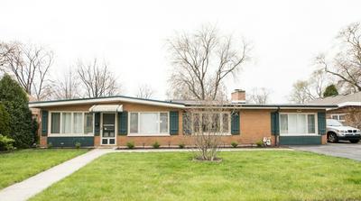 7915 W 98TH ST, Hickory Hills, IL 60457 - Photo 1