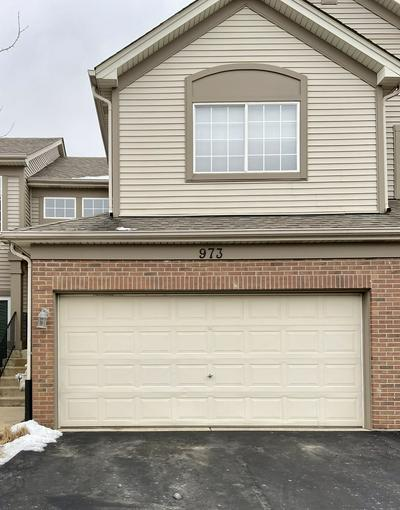 973 PARKHILL CIR # 973, Aurora, IL 60502 - Photo 2