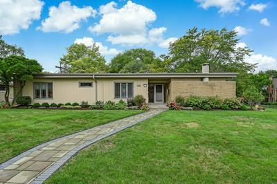 542 DOVER AVE, La Grange Park, IL 60526 - Photo 1