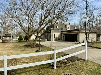 41335 N LINCOLN AVE, ANTIOCH, IL 60002 - Photo 2