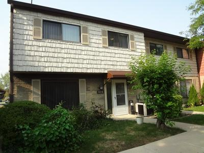 540 W LODGE TRL APT G, Wheeling, IL 60090 - Photo 1