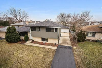 18660 WILLOW AVE, COUNTRY CLUB HILLS, IL 60478 - Photo 1