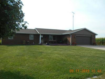 606 N COFFIN ST, NEWMAN, IL 61942 - Photo 2