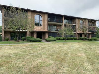 11117 HERITAGE DR # 8-1C, Palos Hills, IL 60465 - Photo 2
