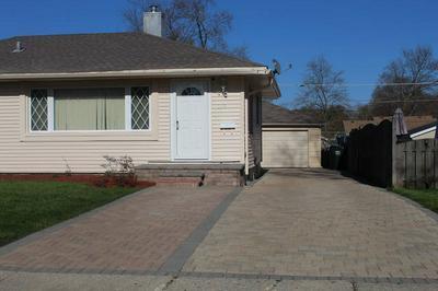 109 N RIDGEMOOR AVE, Mundelein, IL 60060 - Photo 1