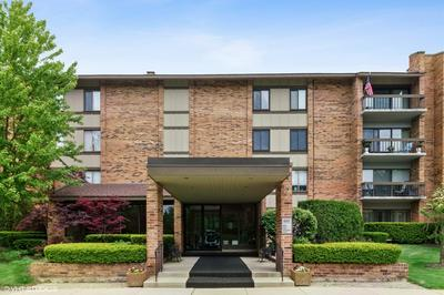 201 LAKE HINSDALE DR APT 104, Willowbrook, IL 60527 - Photo 1