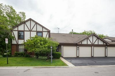 369 FERNDALE CT APT B2, Schaumburg, IL 60193 - Photo 1