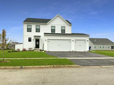 70 W WINTERBERRY AVE, Cortland, IL 60112 - Photo 1