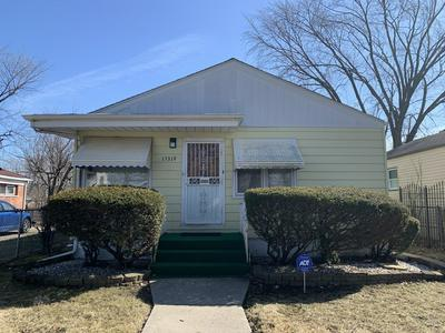15319 HONORE AVE, HARVEY, IL 60426 - Photo 2