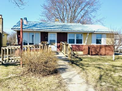 513 N 6TH AVE, HOOPESTON, IL 60942 - Photo 1