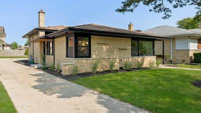 105 30TH ST, La Grange Park, IL 60526 - Photo 1
