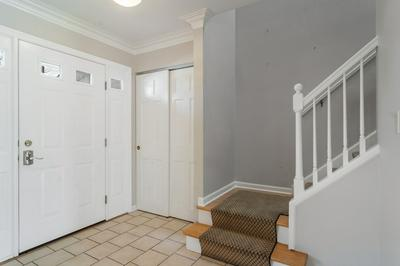 515 W BRITTANY DR, ARLINGTON HEIGHTS, IL 60004 - Photo 2