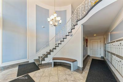 5100 CARRIAGEWAY DR APT 109, Rolling Meadows, IL 60008 - Photo 2