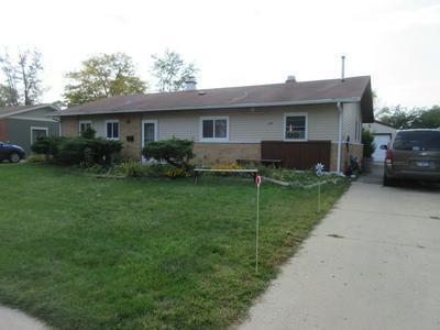 670 WESTERN ST, Hoffman Estates, IL 60169 - Photo 1
