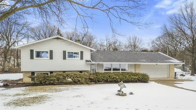 25W062 WOOD CT, Naperville, IL 60563 - Photo 2