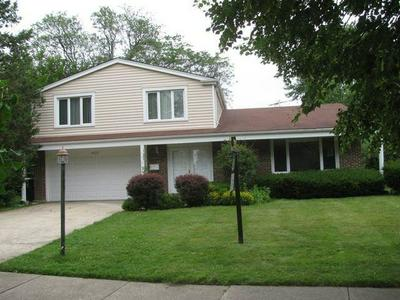 3420 WINNETKA RD, Glenview, IL 60026 - Photo 1