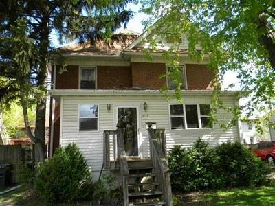 808 W 3RD ST, Sterling, IL 61081 - Photo 2