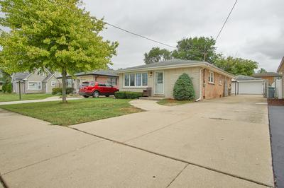 8615 NATCHEZ AVE, Burbank, IL 60459 - Photo 2