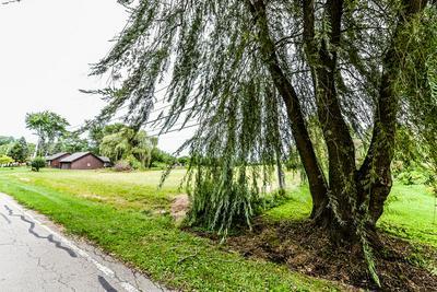 6N257 CLOVERDALE RD, Keeneyville, IL 60172 - Photo 2