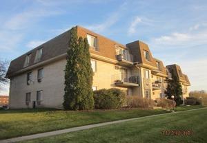 281 SHOREWOOD DR APT 1B, Glendale Heights, IL 60139 - Photo 1