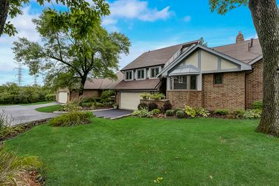 13135 N COUNTRY CLUB CT, Palos Heights, IL 60463 - Photo 2