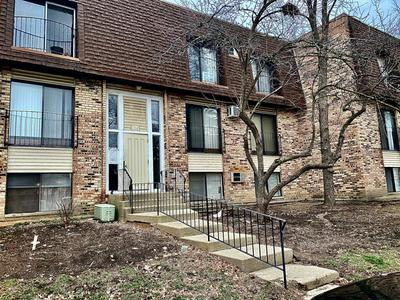 182 S WATERS EDGE DR APT 302, GLENDALE HEIGHTS, IL 60139 - Photo 1