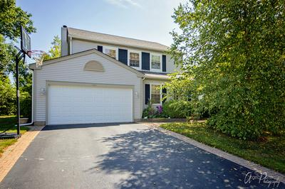 1301 MARBLE HILL DR, Lake Zurich, IL 60047 - Photo 1